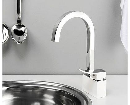1067WHITE Смеситель для кухни WasserKRAFT